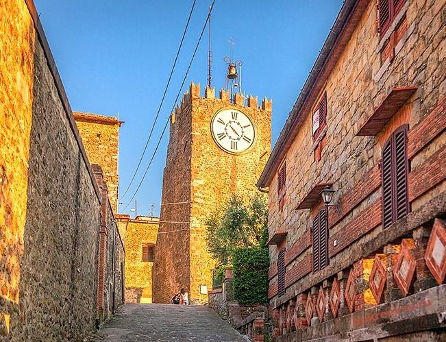 Chiesa del Carmine24