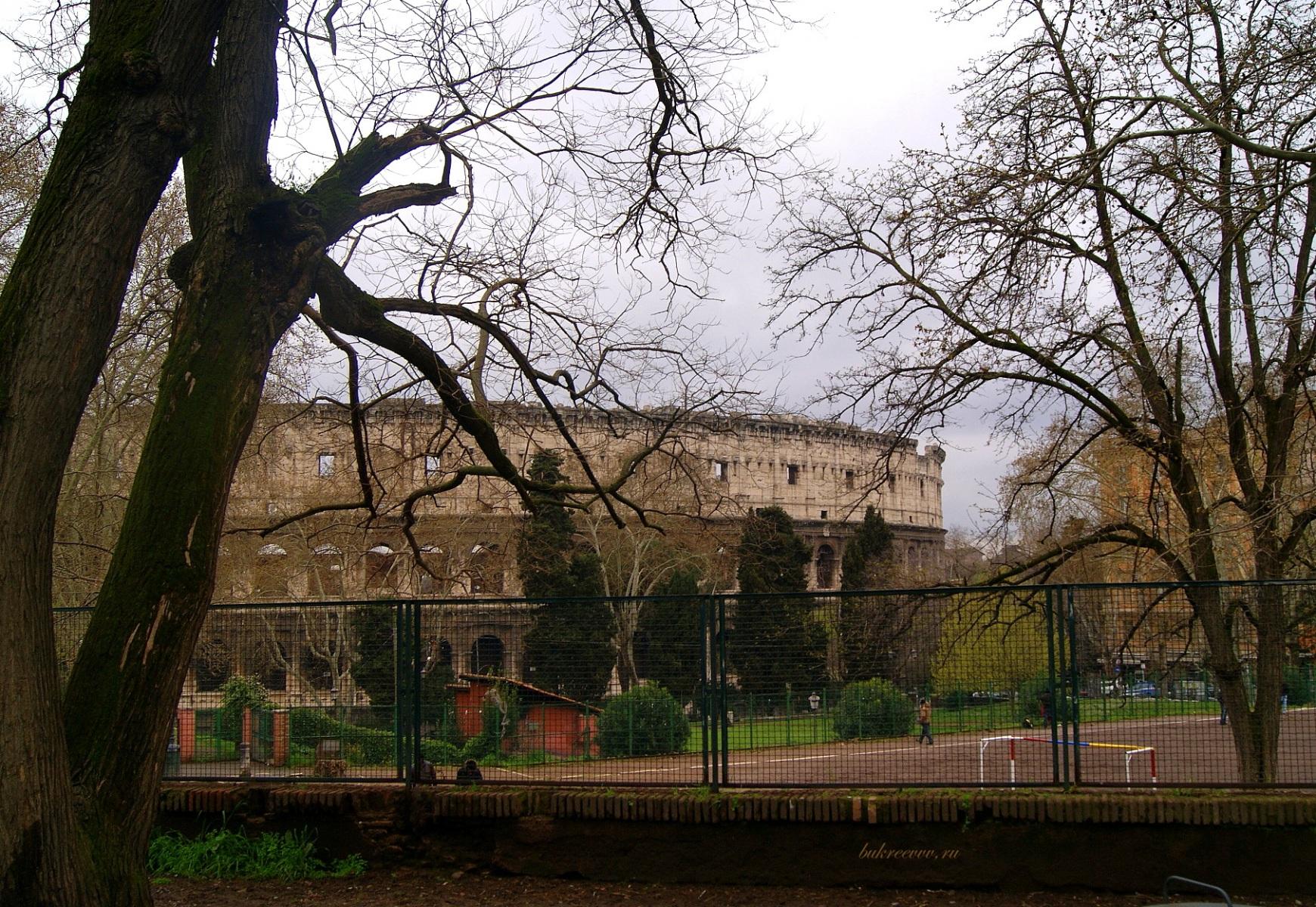 Colosseo 72