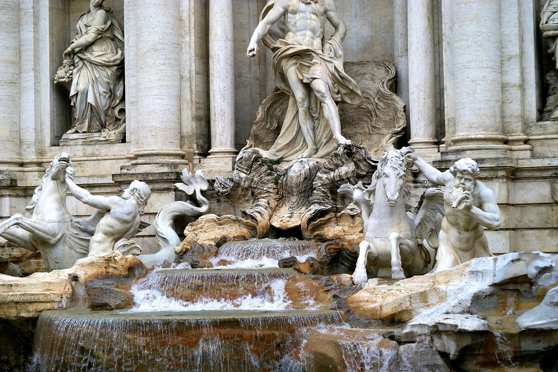 Fontana di Trevi 38