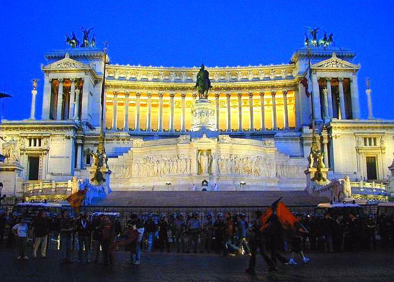 Il Monumento nazionale a Vittorio Emanuele II 25