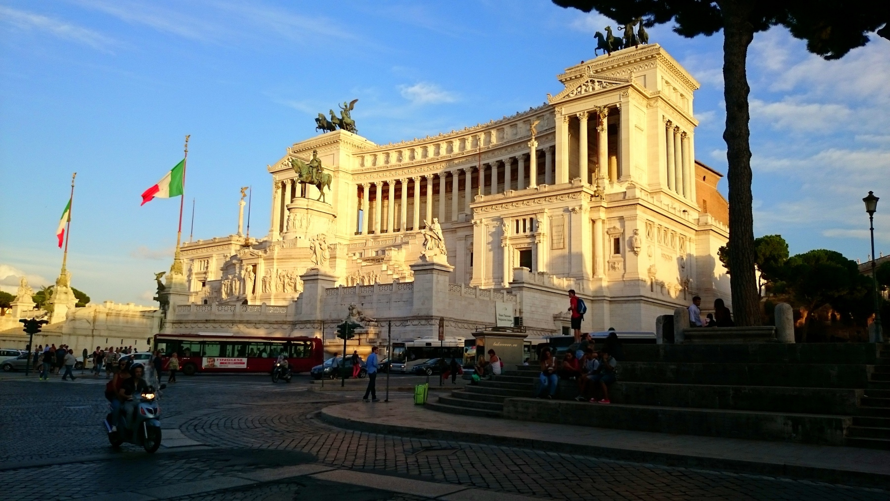 Il Monumento nazionale a Vittorio Emanuele II 33