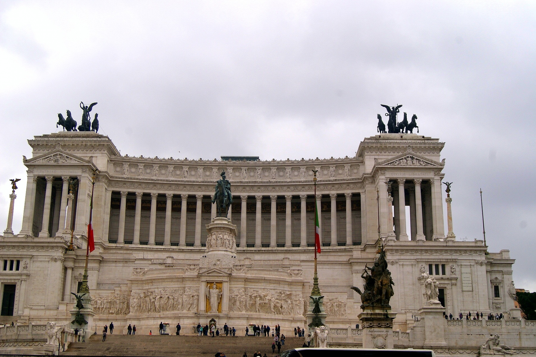 Il Monumento nazionale a Vittorio Emanuele II 34