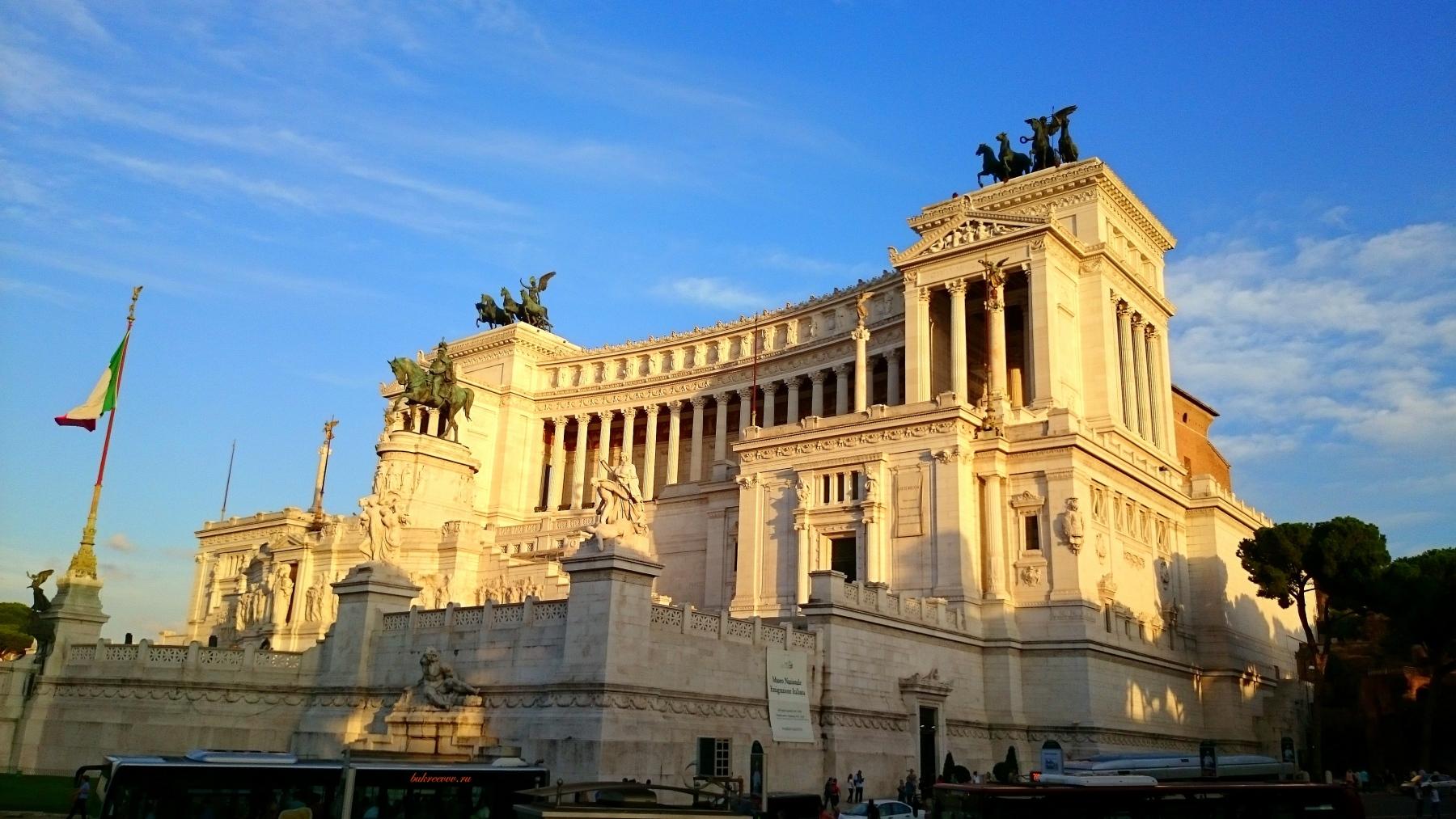 Il Monumento nazionale a Vittorio Emanuele II 39