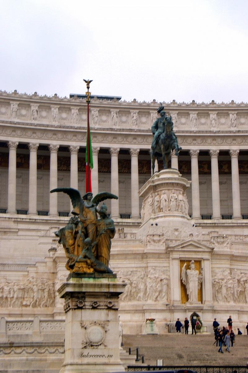 Il Monumento nazionale a Vittorio Emanuele II 49