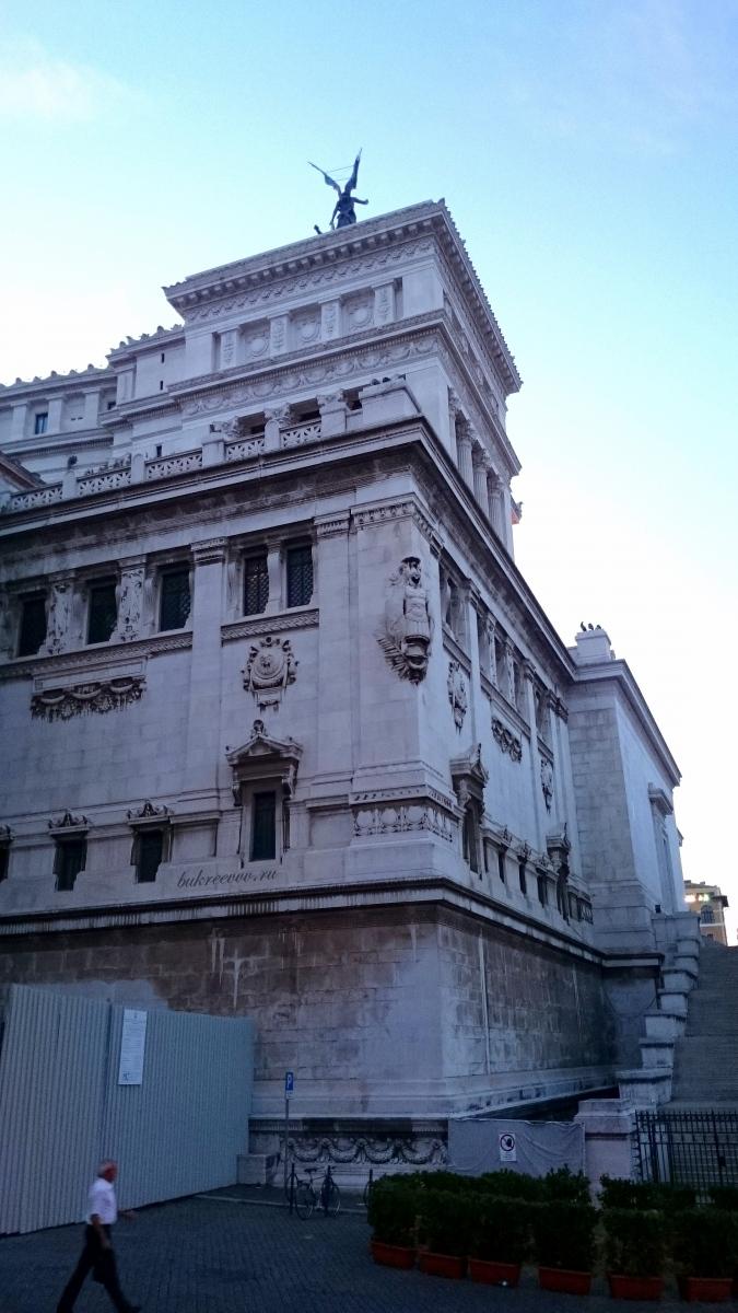 Il Monumento nazionale a Vittorio Emanuele II 51