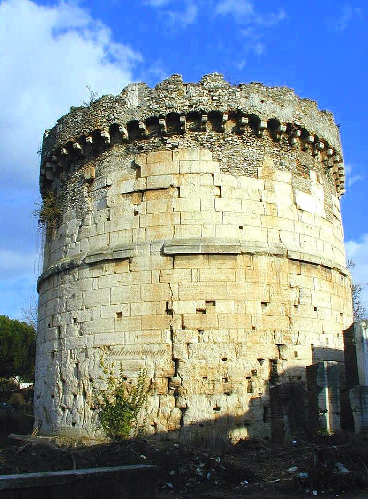 Mausoleo dei Plauzi Ponte Lucano 37