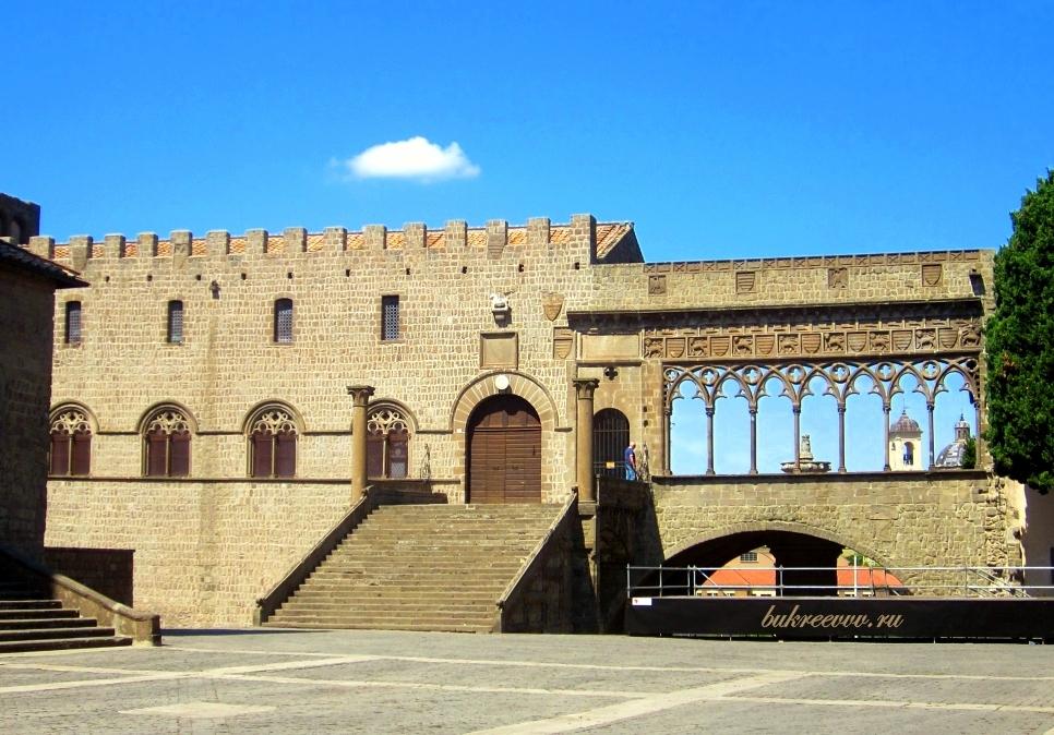 Palazzo dei Papi 30