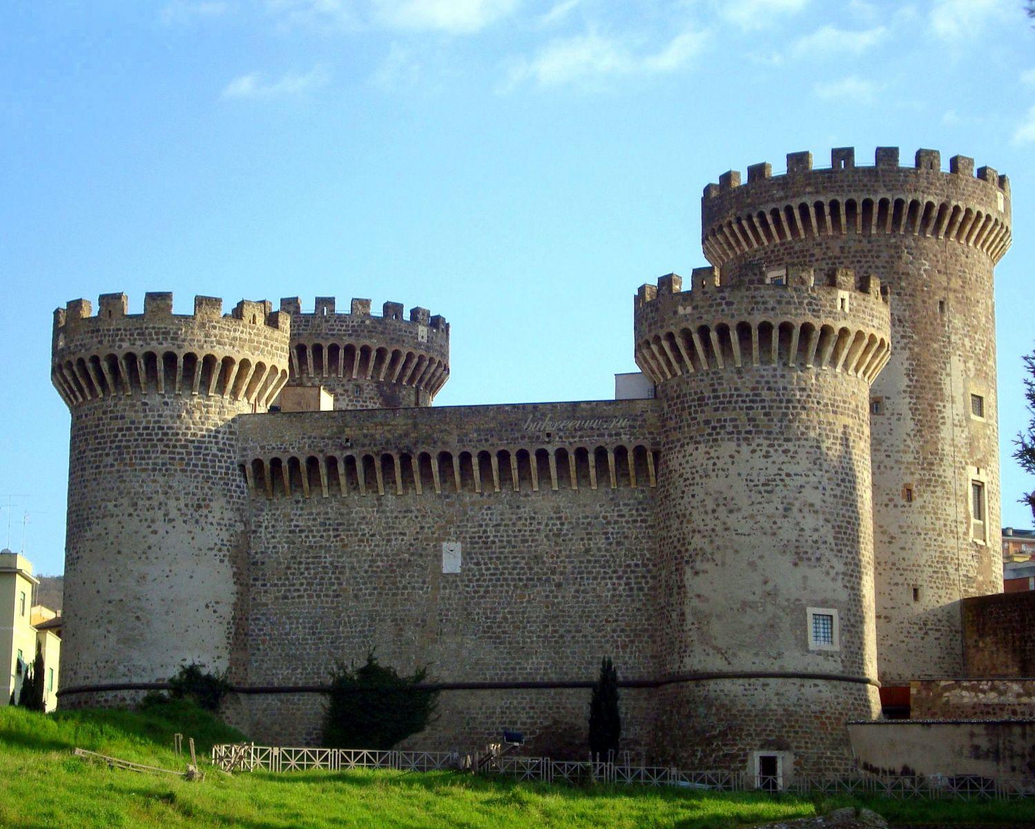 Rocca Pia 23