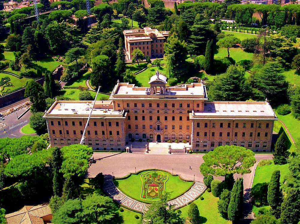Vatican 33