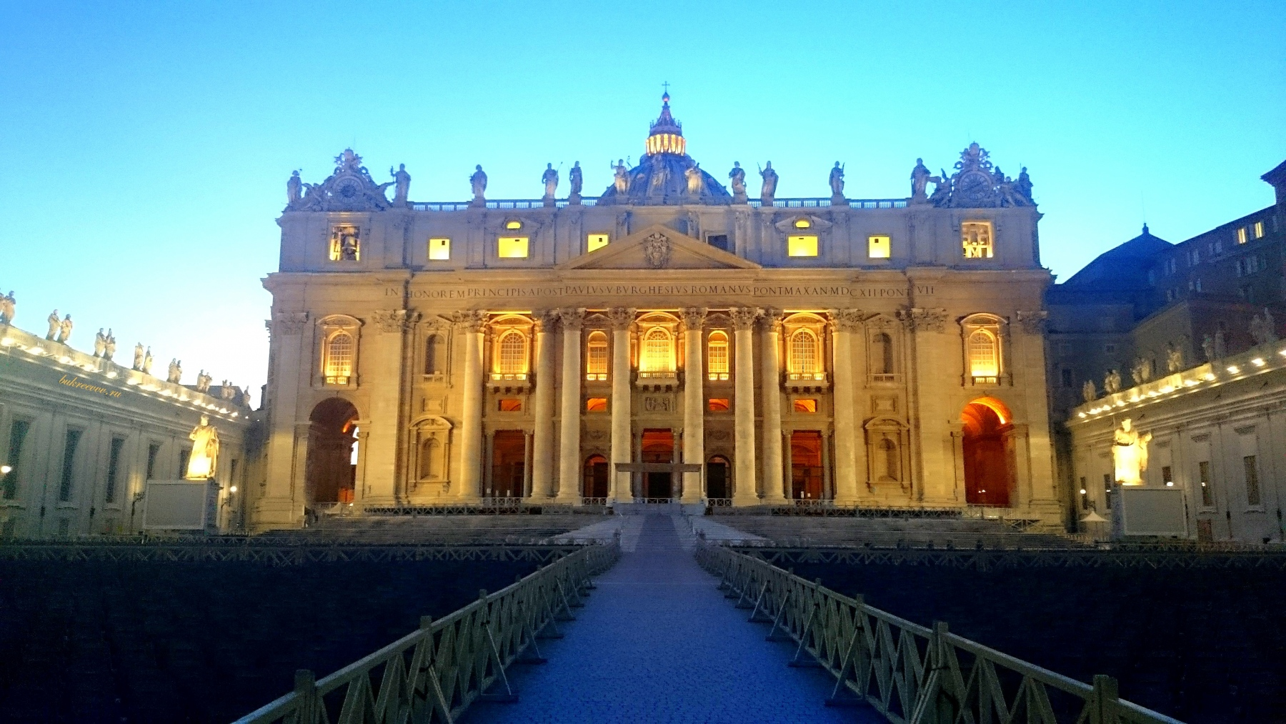Vatican 52